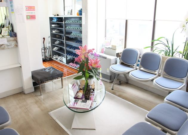 上條整形外科皮フ科医院(写真1)