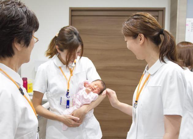 ハシイ産婦人科(写真1)