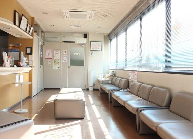 倉員皮膚科医院(くらかずひふかいいん)(写真0)