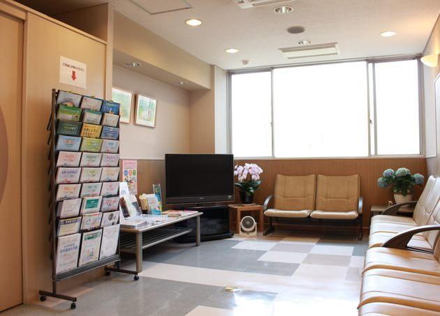 楠本内科医院(写真1)