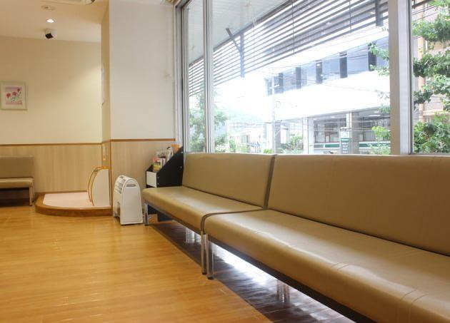 洛東耳鼻咽喉科医院(写真2)