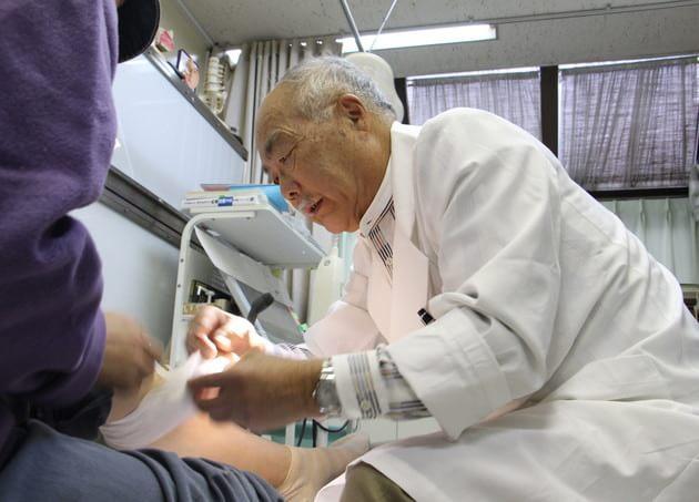 曽我外科医院(写真1)